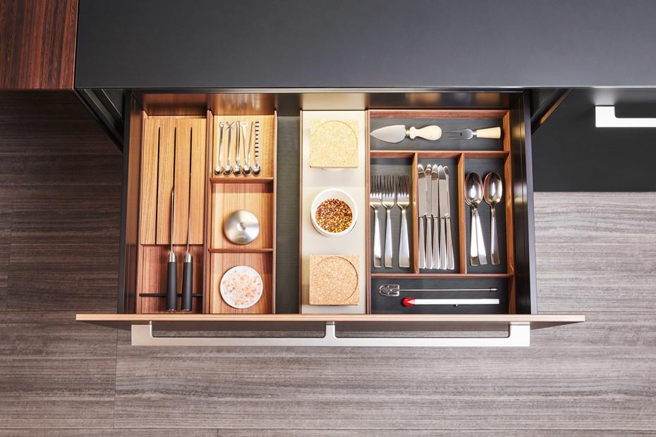 Walnut Drawers Accessories