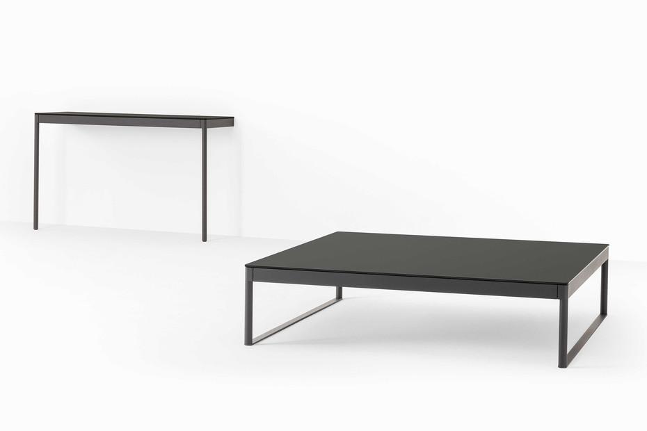 Icaro 015 coffee table