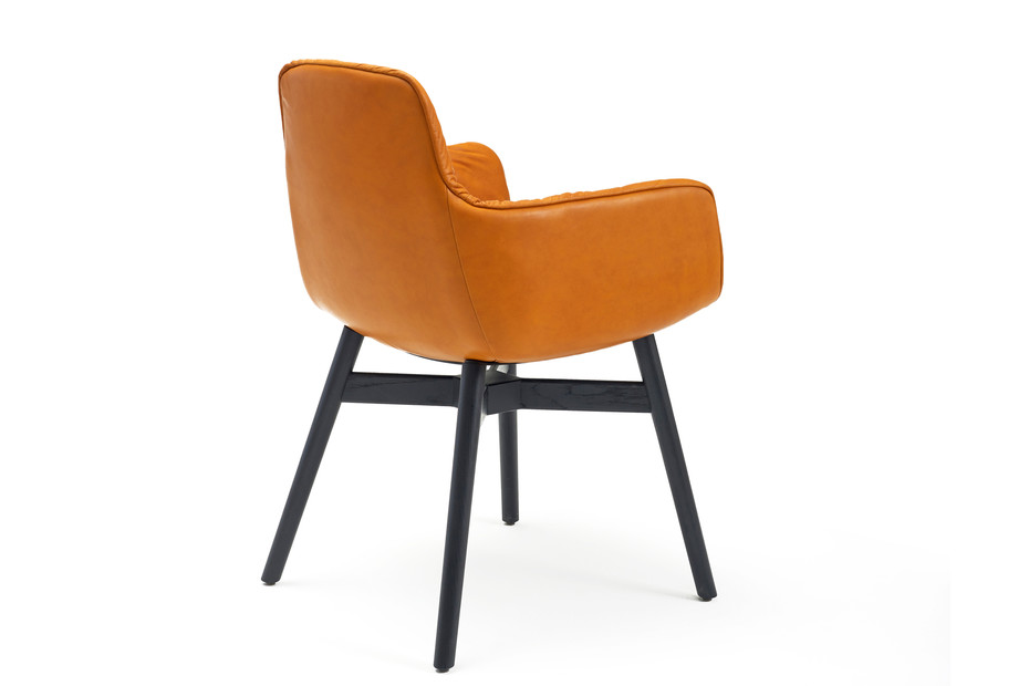 Leya armchair high with wooden frame cross