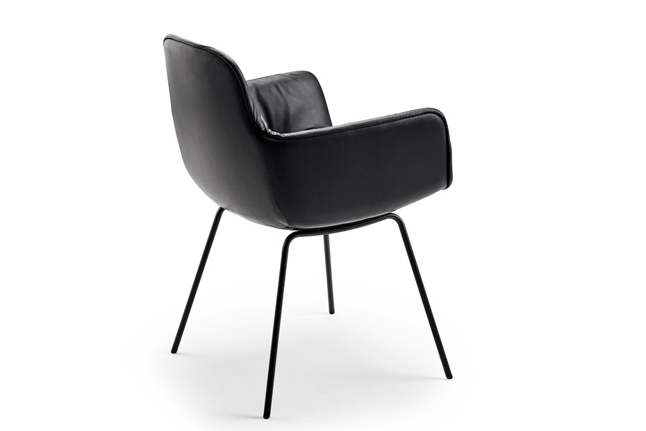 Leya armchair high with steel frame