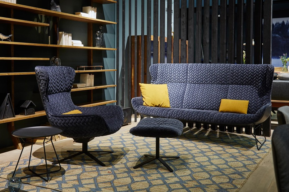 Leya Wingback Couch