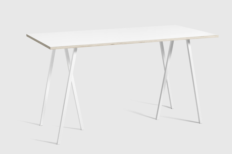 Loop Stand High Table