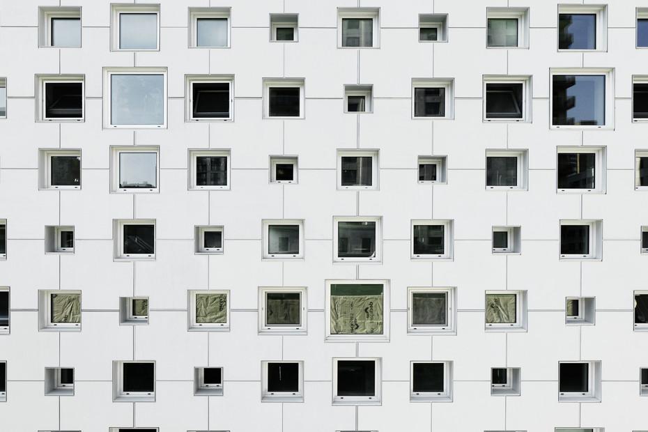 concrete skin, Mount Stephen Club Hotel, ivory