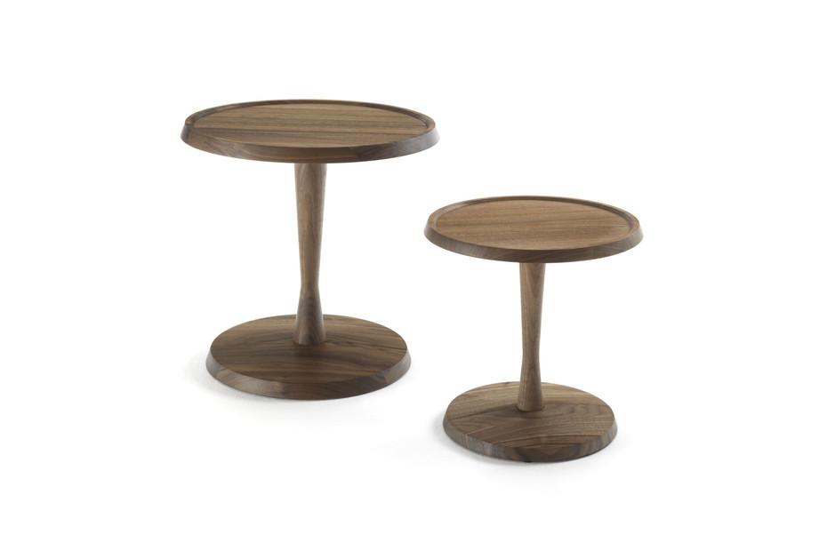 Pegaso side table