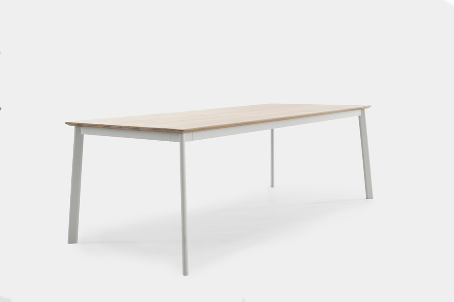 PRO Meeting Table