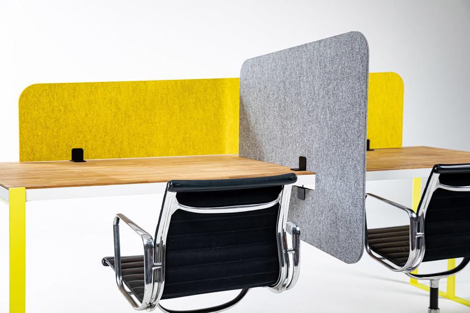 BuzziTripl Desk Split