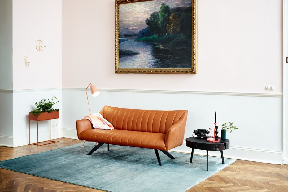 Rubie Lounge Couch mit Holzgestell