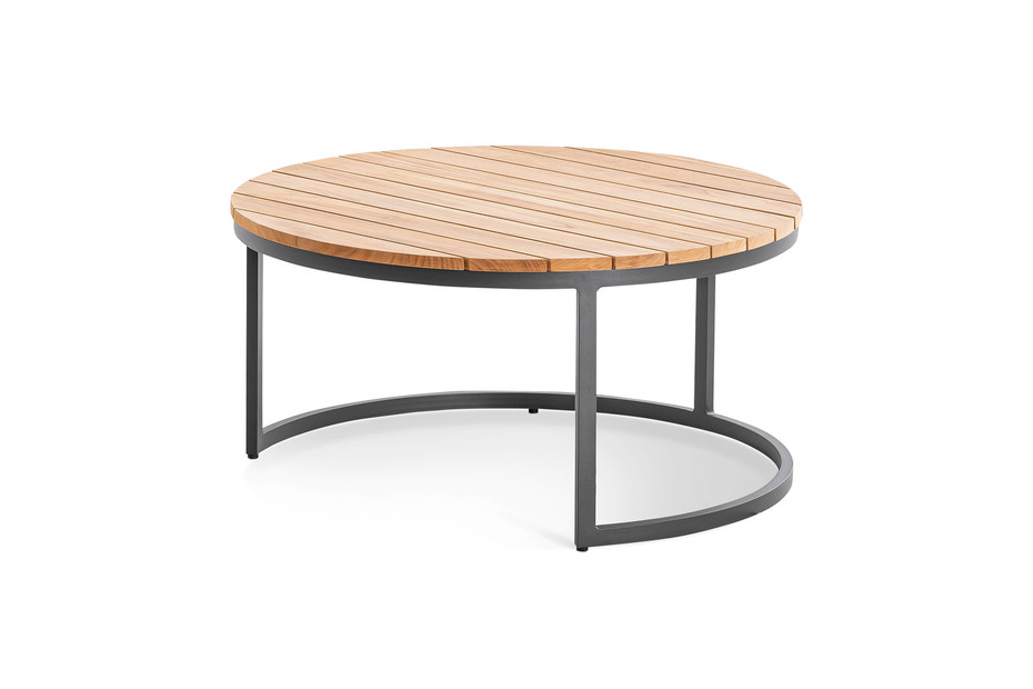 SERRA lounge tables