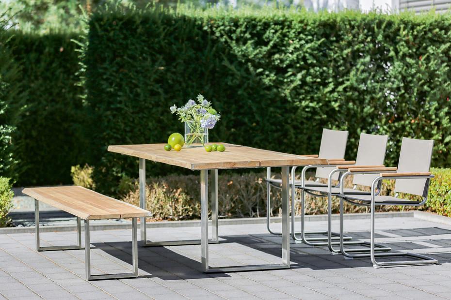 SOLID Tisch