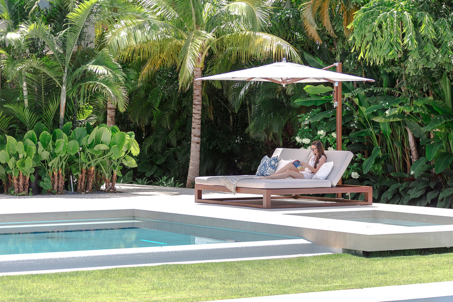 Equinox Double Chaise Lounge