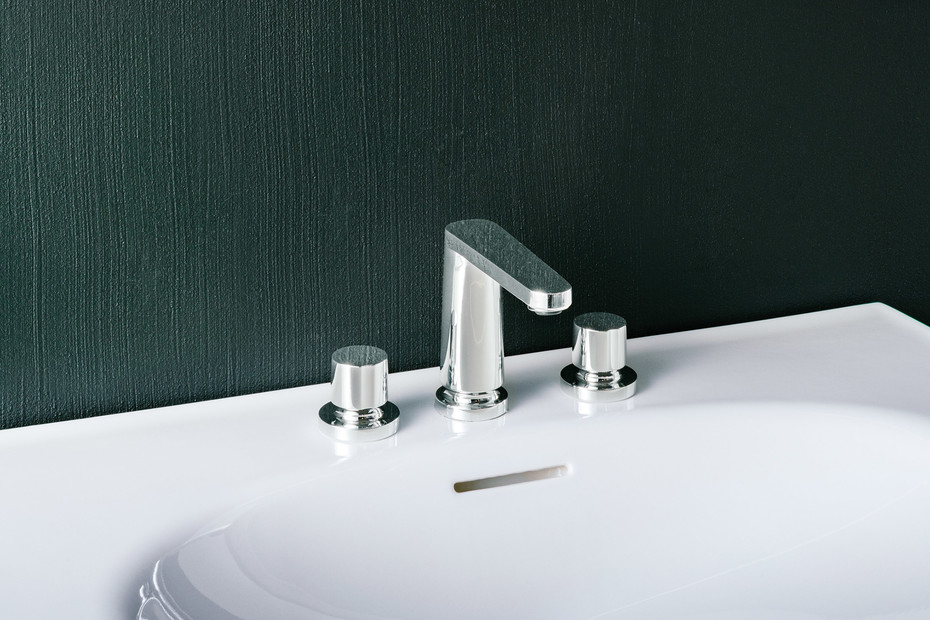 SaphirKeramik The New Classic faucets