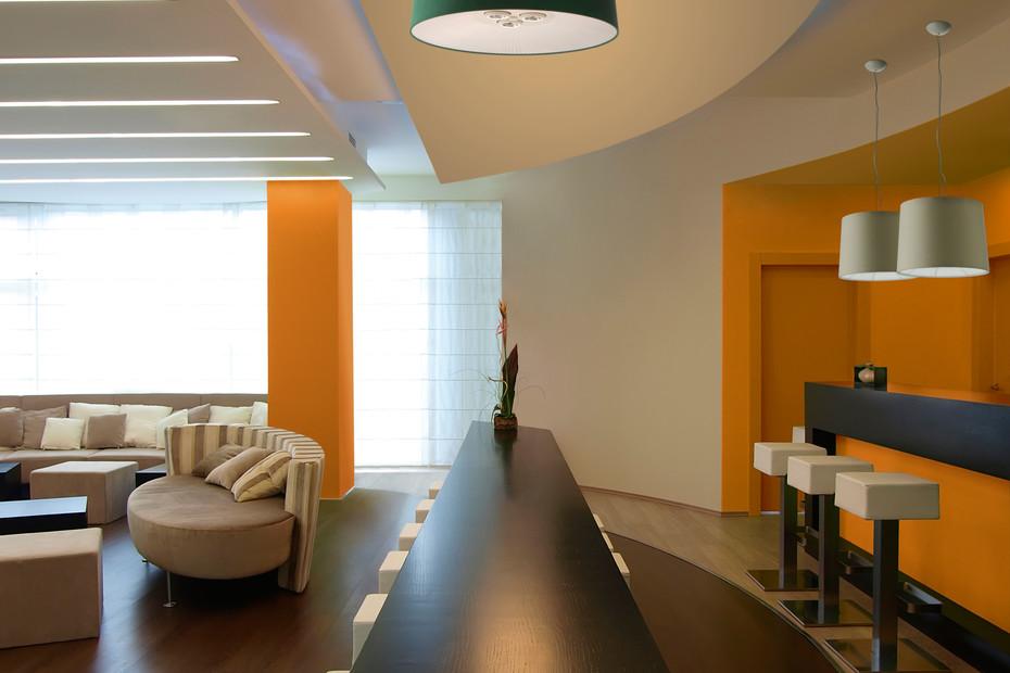 Velvet ceiling 100