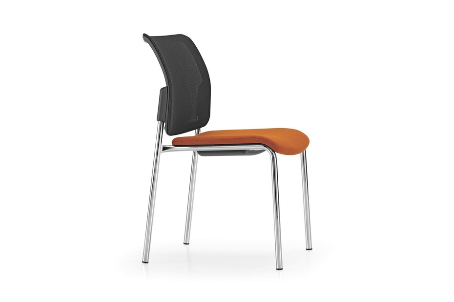 Yanos chair