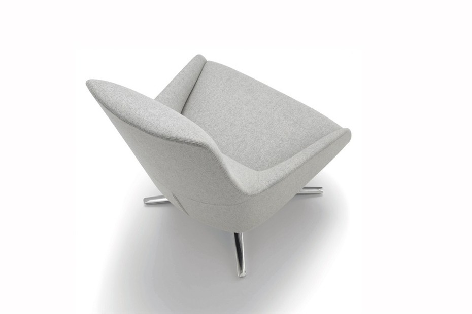 Alya lounge chair with four-star swivel base low back