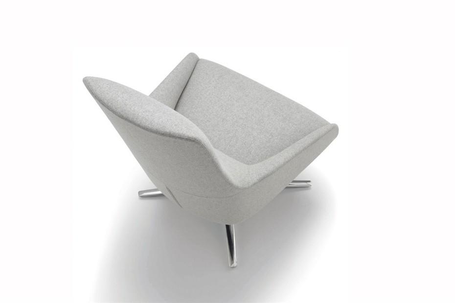 Alya Loungesessel mit Vierstern-Fuß niedrige Lehne