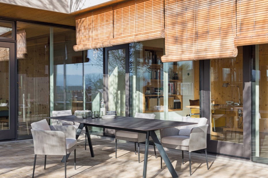 Atrivm outdoor rectangular dining table C225