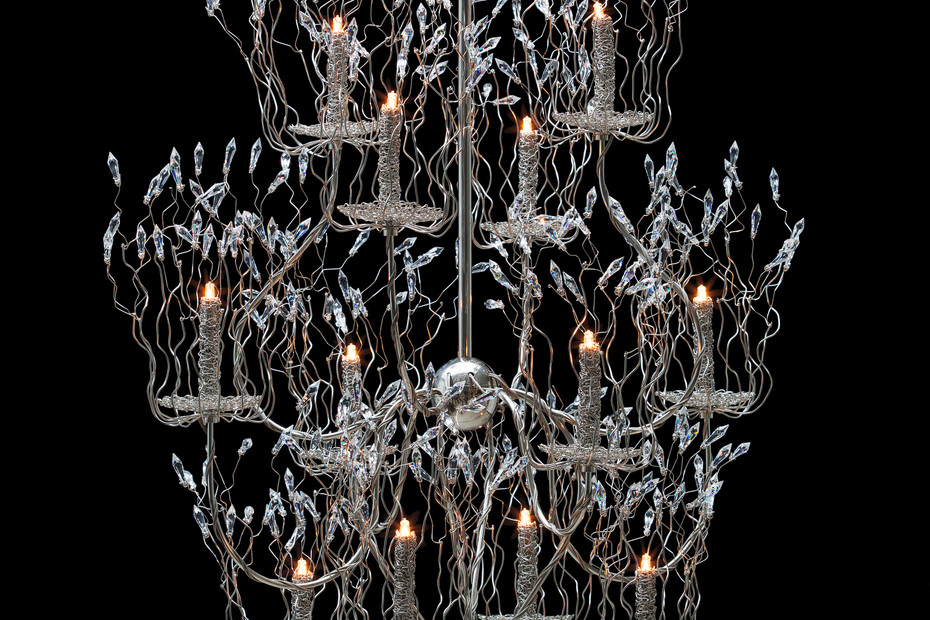 Candles and Spirits Chandelier round