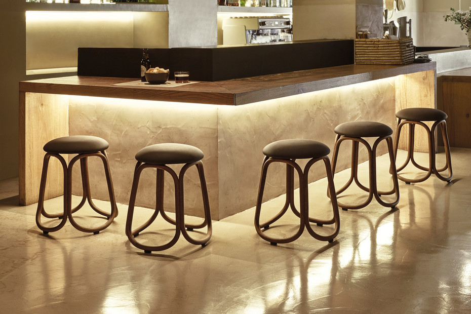 Gres low bar stool T087