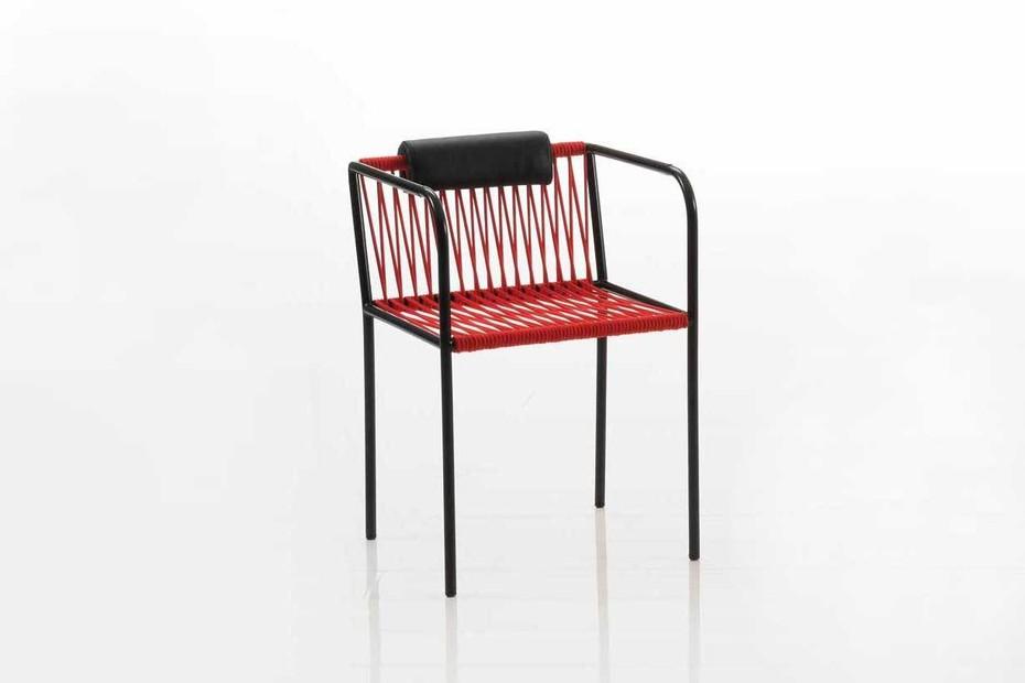 Les Copains bungee Stuhl mit Armlehnen