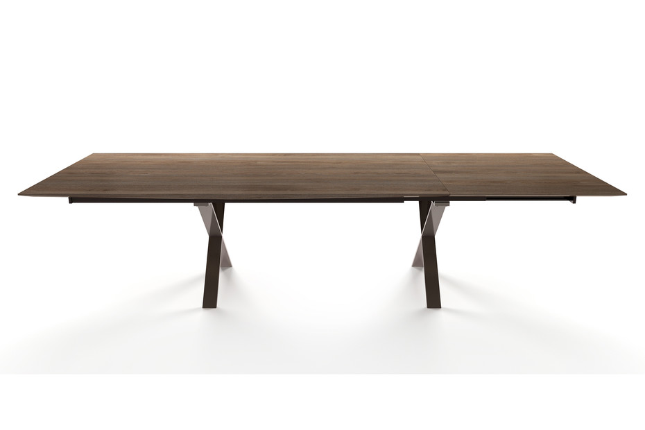 LAX extendable table