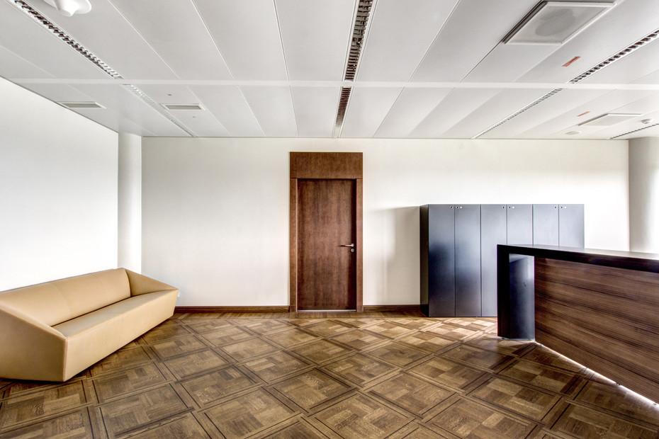 Post cap ceiling