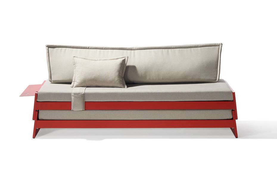Lönneberga staple bed
