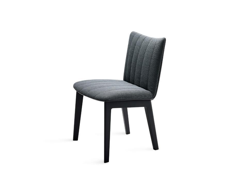 Rubie Chair mit Holzgestell 4-Fuß