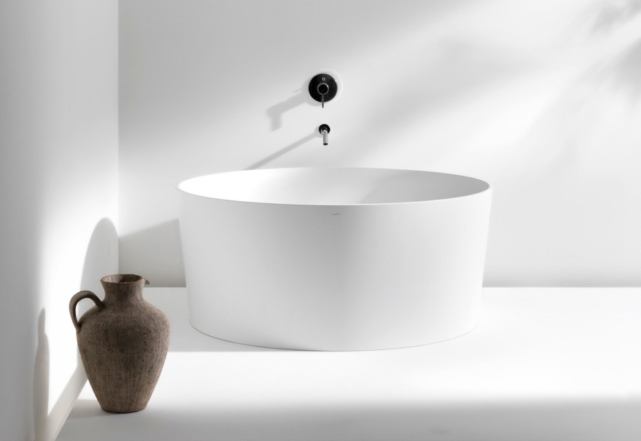 Val bath tub