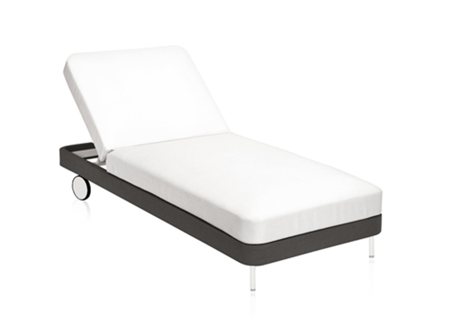 Käbu Chaise longue with wheels C762