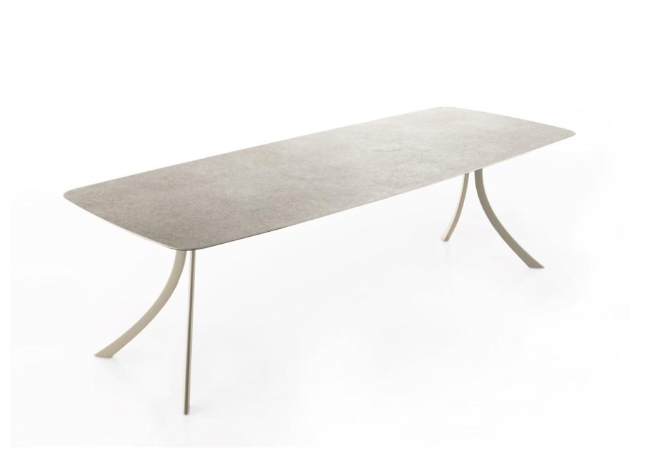 Falcata Outdoor Rectangular dining table C925