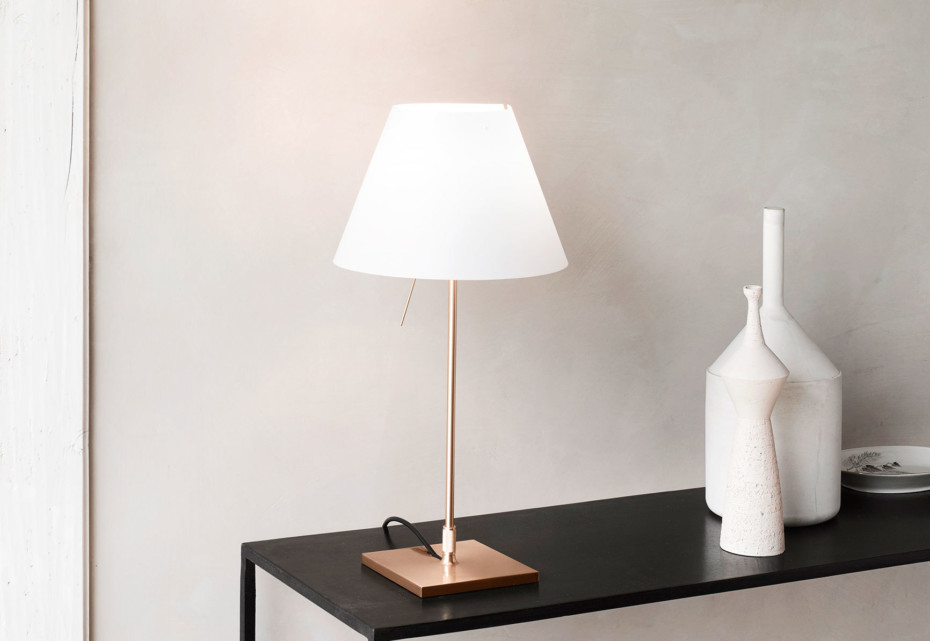 Costanzina Brass table lamp