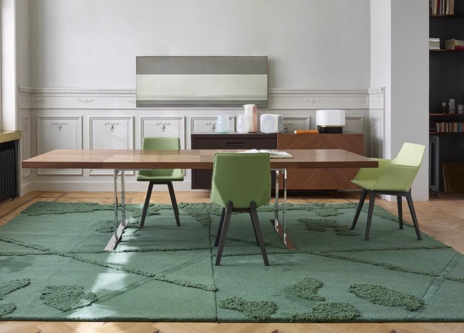 cineline table by ligne roset stylepark. Black Bedroom Furniture Sets. Home Design Ideas