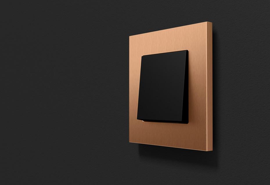 Gira Esprit in bronze (PVD)