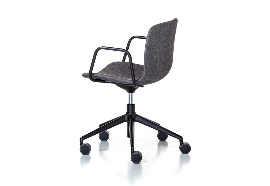 Alfa Office 5 star-base with armrest