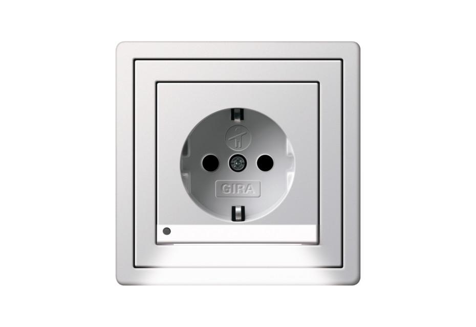 Flächenschalter Schuko-Steckdose mit LED-Orientierungsleuchte