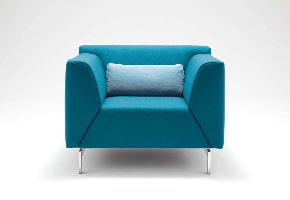 318 LINEA armchair