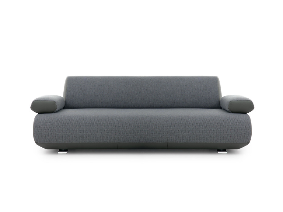 LX673 Sofa