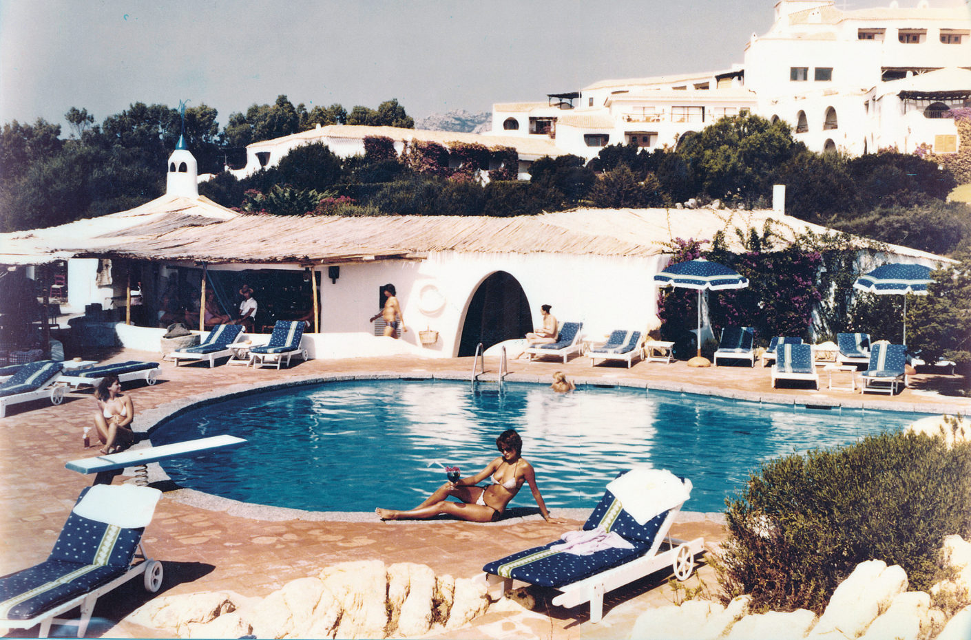 Pool of the Hotel Romazzino (photo from 1966)