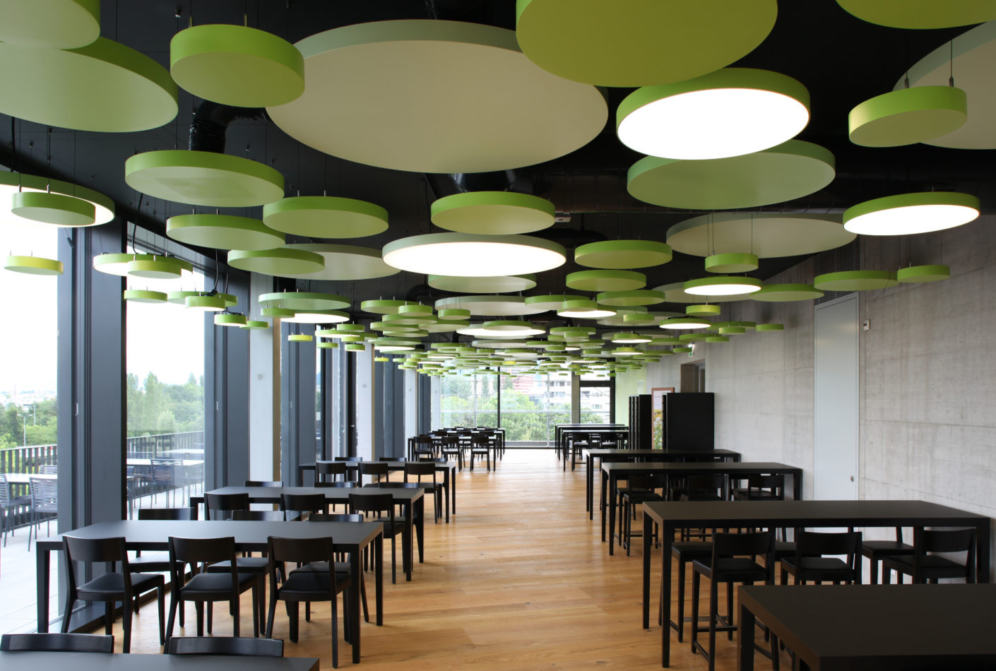 """The """"Lumeo®-R"""" luminaires from Durlum are efficient thanks to LED technology."""