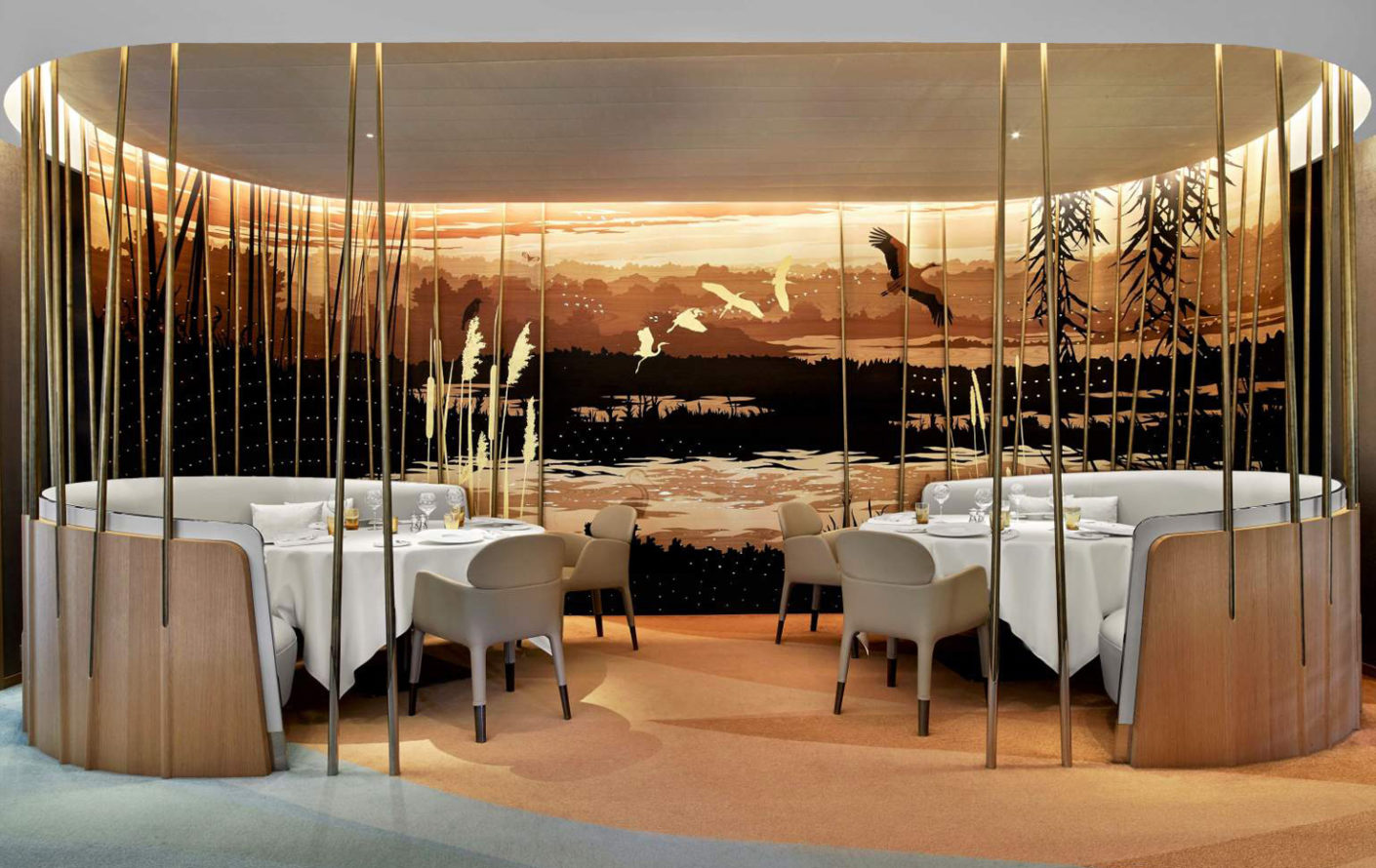 Appearance of a reed landscape: wall decorations inspired by nature offer a pleasant atmosphere.
