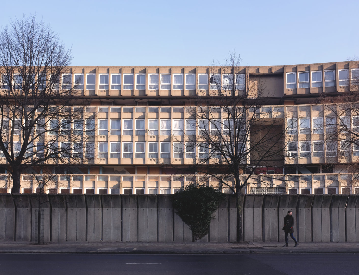Robin-Hood-Gardens-London-Brutalism-Architecture-Facade