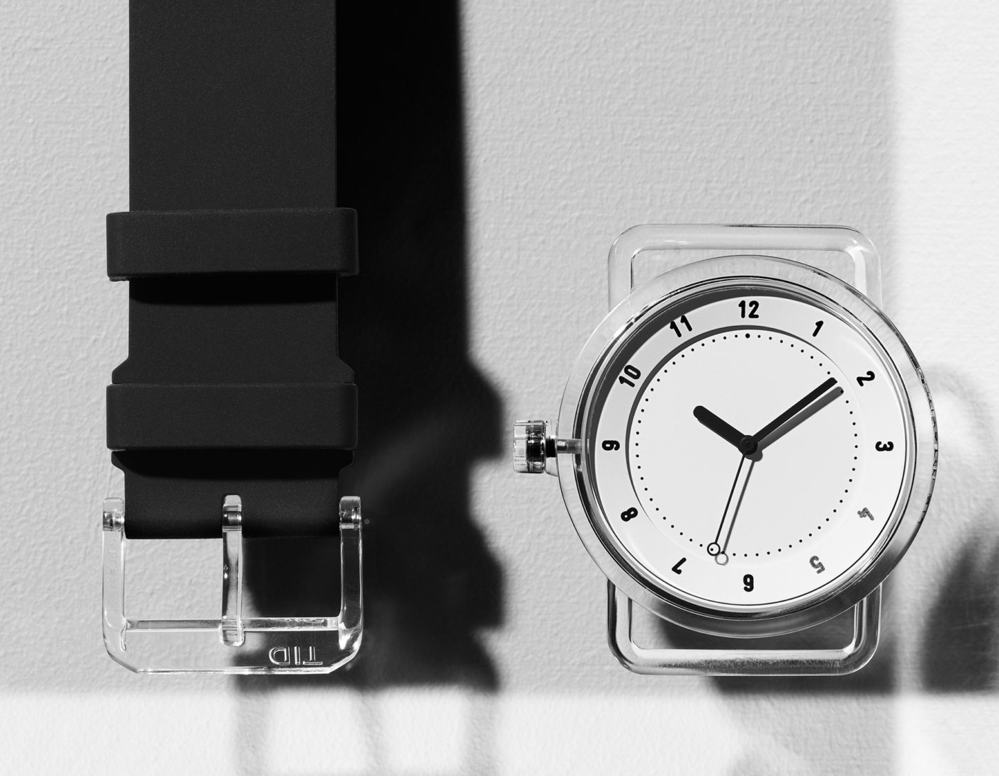 """Sturdy: The transparent case of the """"TID No.3"""" is made of TR90, a thermoplastic."""
