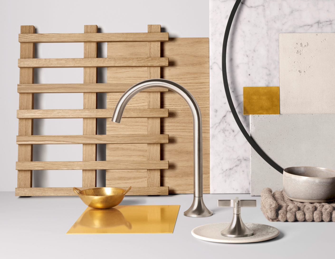 In the Moodboard by Neri & Hu, the transitory character is reflected in the interplay of the materials - gold meets wood, noble marble on raw concrete.