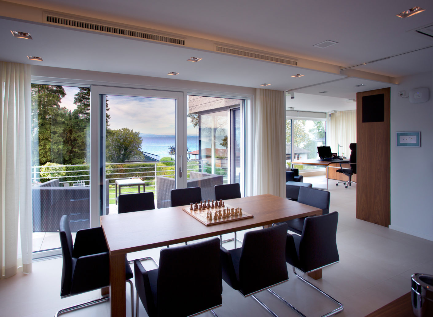 The spacious glass frontages of the new building offer a panoramic view of the nearby Lake Constance.