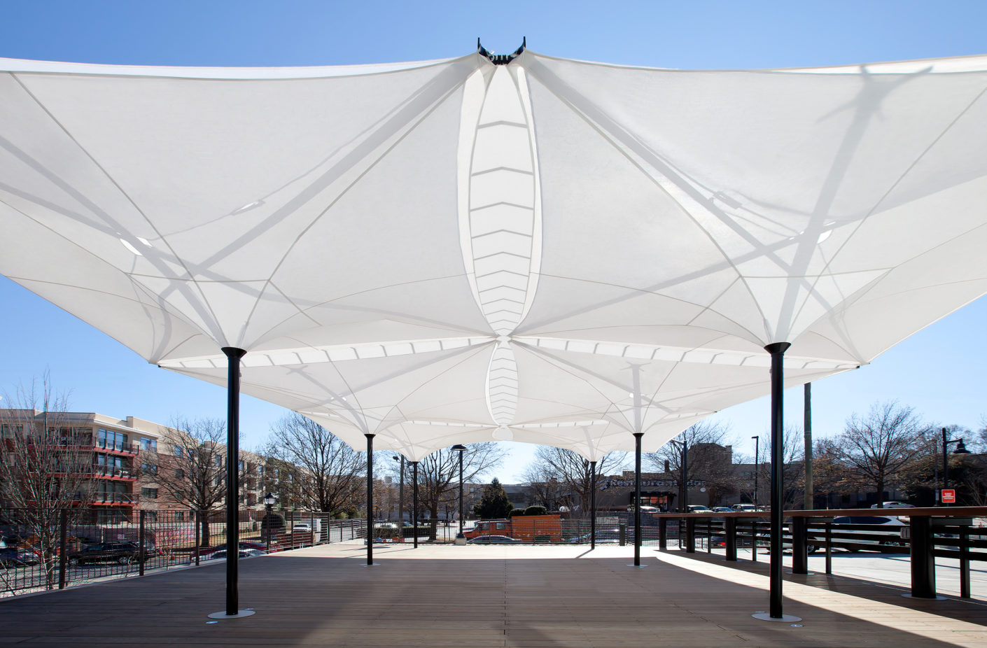 """Tensilation"" is made of teflon fabric and can be adapted flexibly to the size of the outdoor space."