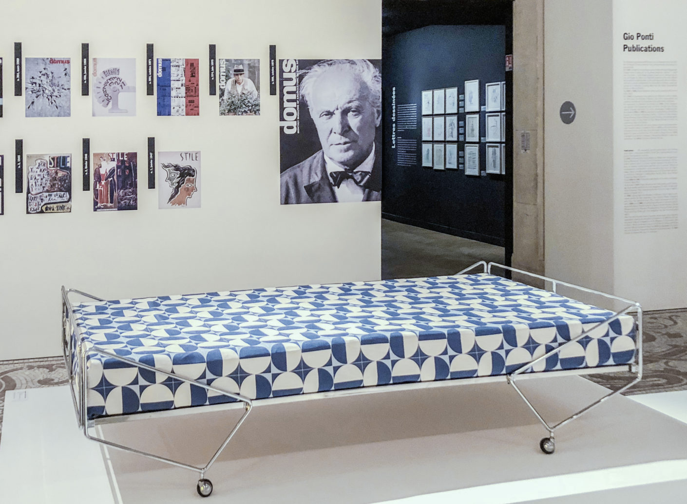 Bed from the Apta collection by Gio Ponti from 1970.