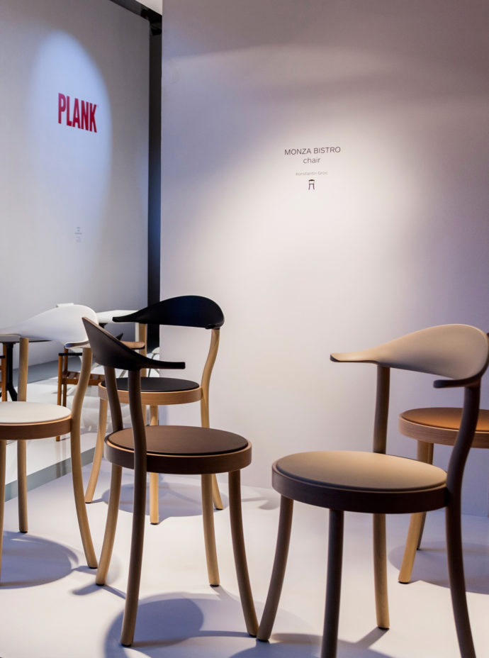"""The """"Monza Bistro Chair"""" by Konstantin Grcic for Plank is available in the colors black, white, caffelatte, caramel and terra brown."""