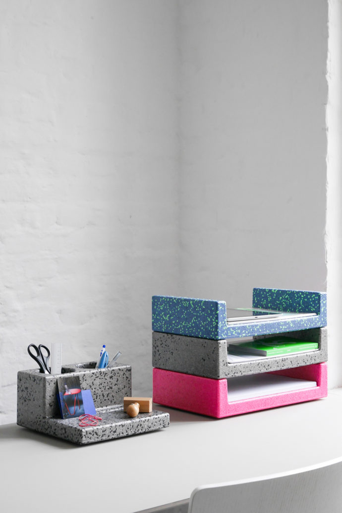 Unit One pen holder and paper tray