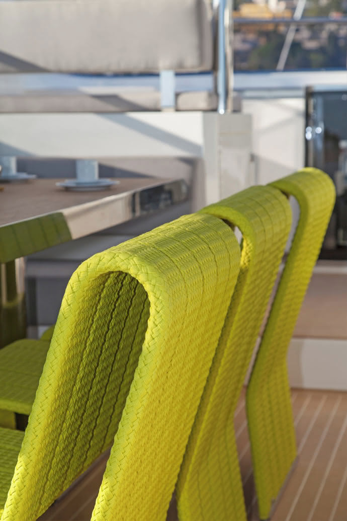 "The fine details of the braided ropes characterize the chairs and benches of ""Frame""."
