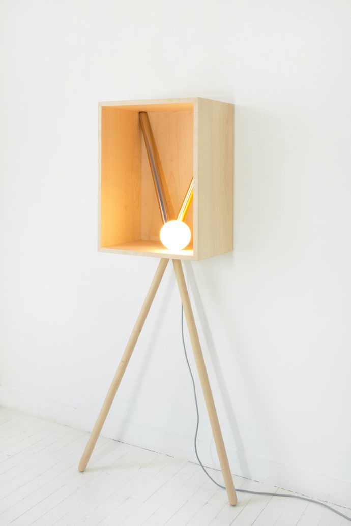 "Light sculpture ""Pénates"": Put objects or the light according to your wishes in scene."